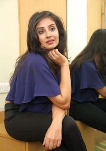 Bhanu Sri Mehra New Photos_13
