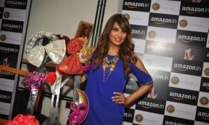Bipasha Basu & Malaika Arora Photos_19