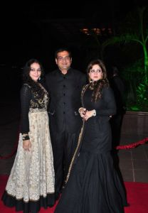 Celebs at Arpita Khan Wedding Reception Photos_44