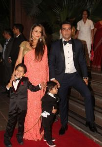 Celebs at Arpita Khan Wedding Reception Photos_55