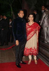 Celebs at Arpita Khan Wedding Reception Photos_56
