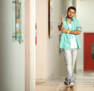Chinnadana Neekosam Movie Stills_5