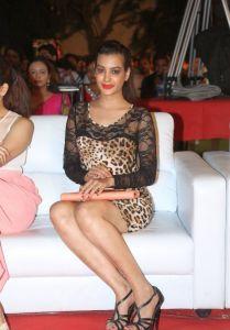 Deeksha Panth Hot Pics_9