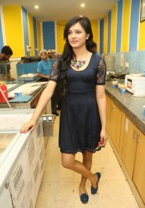 Diah Nicolas Latest Photos_10