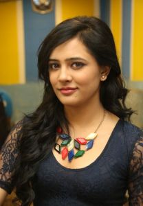 Diah Nicolas Latest Photos_15