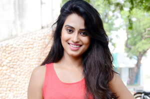 Dimple-Chopade-Latest-Stills-24