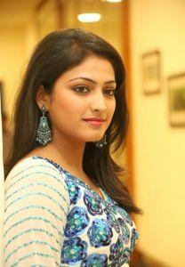 Haripriya Latest Pics_10