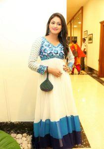 Haripriya Latest Pics_21