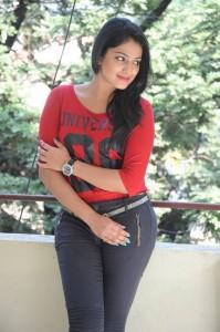 Haripriya-Latest-Photos-30