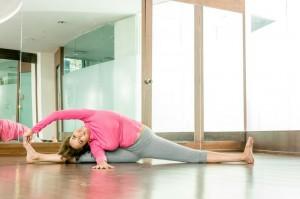 Manchu-Lakshmi-Yoga-Stills-11