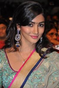 Pooja-Hegde-Cute-Stills-3