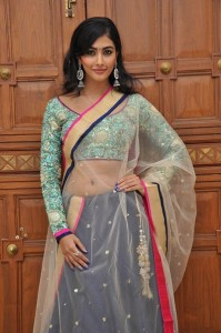 Pooja-Hegde-Cute-Stills-7