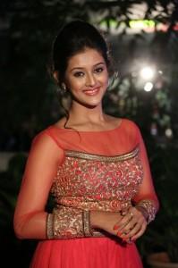 Pooja-Jhaveri-New-Stills-23
