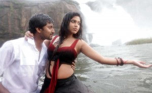 1426516298Janda-Pai-Kapiraju-Movie-Stills1