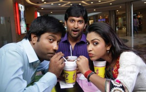 1426516300Janda-Pai-Kapiraju-Movie-Stills5