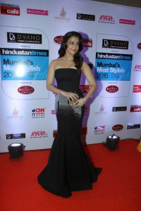 Aishwarya-Rai-Stills-At-Ht-Mumbai-Most-Stylish-Awards-2015-3