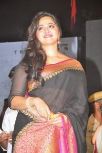 Anushka Stills at Rudhramadevi Audio Launch (20)