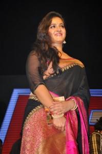 Anushka Stills at Rudhramadevi Audio Launch (7)
