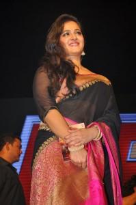 Anushka Stills at Rudhramadevi Audio Launch (8)