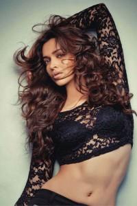 Deepika-Padukone-Photoshoot-Stills-FHM India-Magazine-November-2