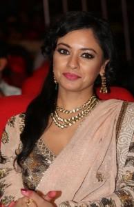 Pooja-Kumar-Stills-At-Uthama-Villian-Telugu-Audio-Launch-14