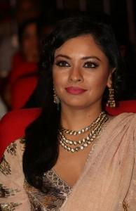 Pooja-Kumar-Stills-At-Uthama-Villian-Telugu-Audio-Launch-16