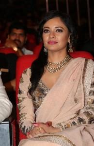 Pooja-Kumar-Stills-At-Uthama-Villian-Telugu-Audio-Launch-6
