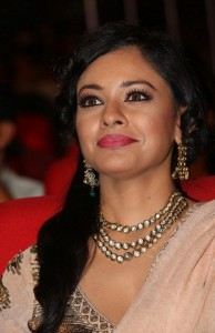 Pooja-Kumar-Stills-At-Uthama-Villian-Telugu-Audio-Launch-7