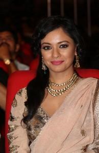 Pooja-Kumar-Stills-At-Uthama-Villian-Telugu-Audio-Launch-9
