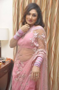 Ramya-Sri-Stills-At-O-Malli-Movie-Audio-Success-Meet-32