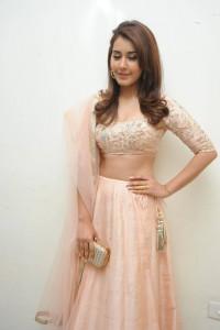Rashi-Khanna-Stills-At-Jil-Movie-Audio-Launch-10