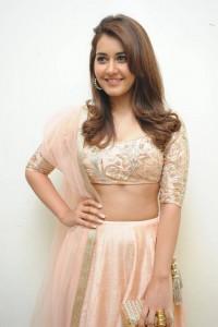 Rashi-Khanna-Stills-At-Jil-Movie-Audio-Launch-17