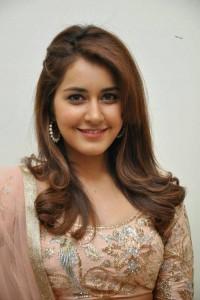 Rashi-Khanna-Stills-At-Jil-Movie-Audio-Launch-59