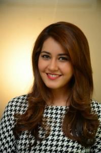 Rashi Khanna Stills at Jil Interview (16)
