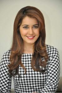 Rashi Khanna Stills at Jil Interview (24)