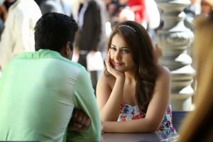 Rashi Khanna Stills in Jil Movie (2)