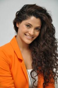Saiyami Kher (4)