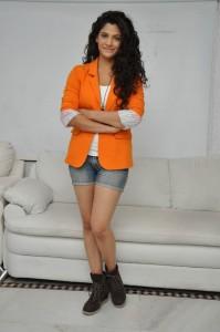 Saiyami Kher (98)