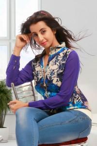 Sanjjana New Glam PhotoShoot Stills (18)
