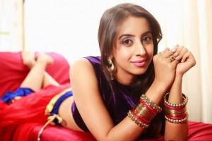 Sanjjana New Glam PhotoShoot Stills (21)