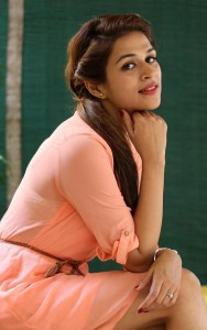 Shraddha-Das-Stills-At-Rey-Movie-Interview-121