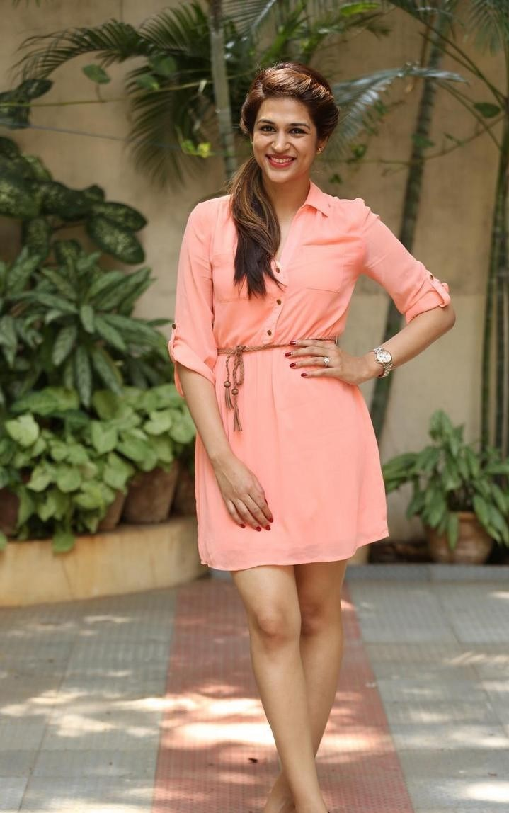 Shraddha-Das-Stills-At-Rey-Movie-Interview-181