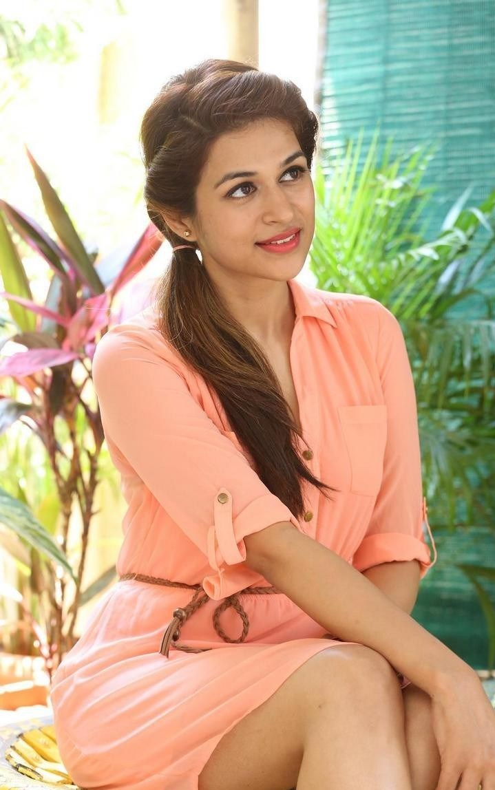 Shraddha-Das-Stills-At-Rey-Movie-Interview-81