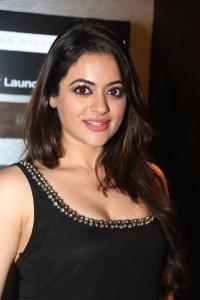 Shruti-Sodhi-Stills-At-Player-Movie-Teaser-Launch-3