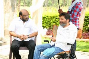 Son_Of_Satyamurthy_Movie_Working_Stills(3)