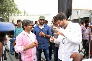 Son_Of_Satyamurthy_Movie_Working_Stills(4)