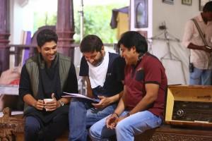 Son_Of_Satyamurthy_Movie_Working_Stills(6)