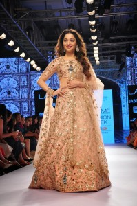 Tamanna Stills at Lakme Fashion Week 2015 (5)