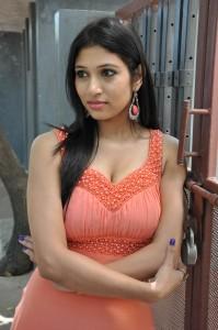 Vanditha (34)