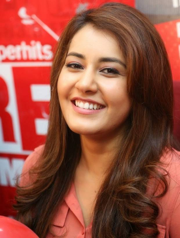 Rashi-Khanna-Stills-At-Red-FM-18